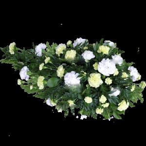 ВЕНОК из искусственных цветов – Белой гвоздики 110х70см