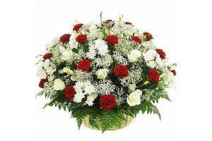 Корзина из живых цветов №12