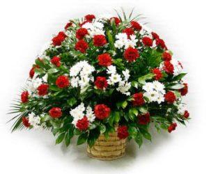 Корзина из живых цветов №15