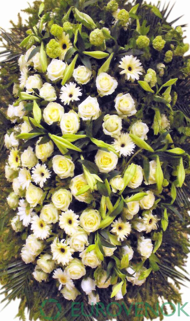 Венок из цветов №14