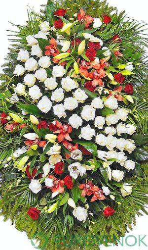Венок из живых цветов №17 . 100 см.
