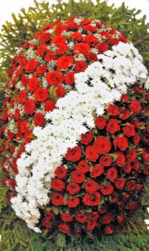 Венок из живых цветов №19 . 100 см.