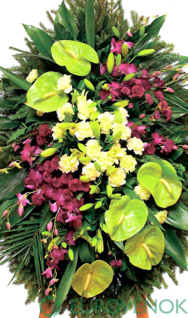 Венок из цветов №27