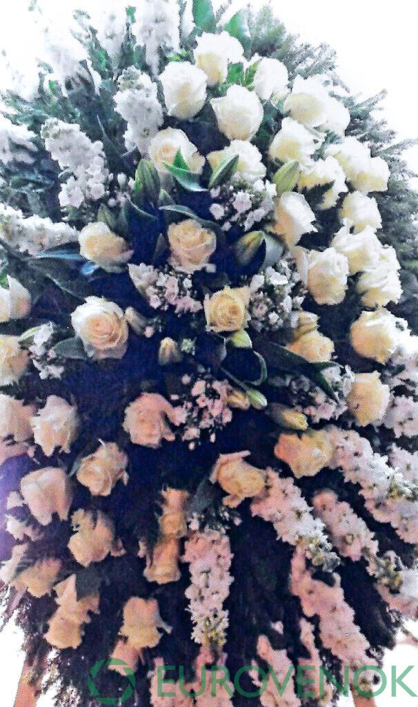 Венок из цветов №60
