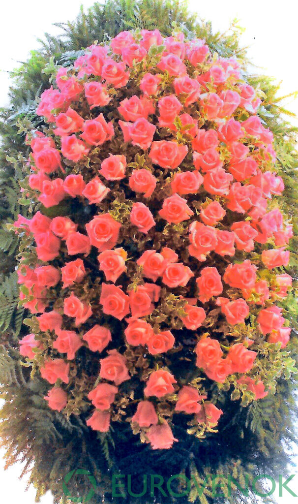 Венок из цветов №69