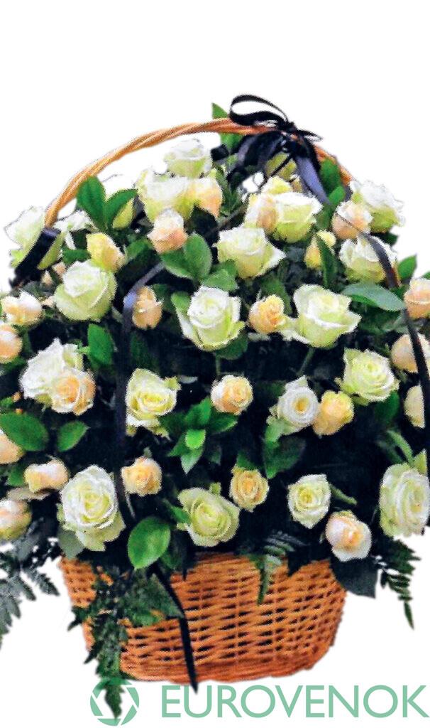 Корзина из живых цветов №79
